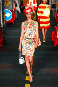 15-moschino-fashion-show-spring-summer-2016-rtw-print-construction-inspired-skirt0top