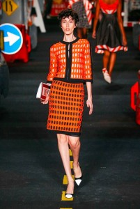 22-moschino-couture-ahead-spring-summer-2016-rtw-orange-construction-barrier-dress