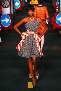 23-moschino-couture-ahead-spring-summer-2016-rtw-traffic-cone-orange-white-belt-dress