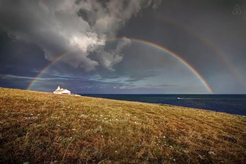 Beach-front-lighthouse-Marlera-Medulin-Croatia-beautiful-sea-side-airbnb-villa_