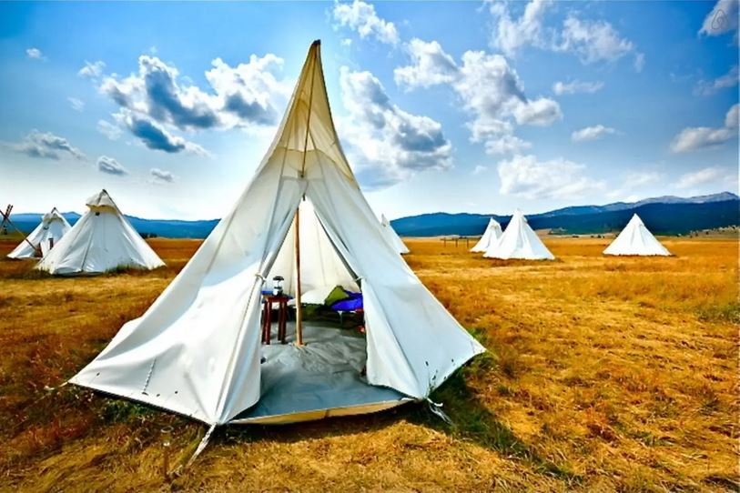 Yellowstone-Under-Canvas- Tipi-West-Yellowstone-MT-United-States-usa-airbnb-camping-beautiful-place-travel