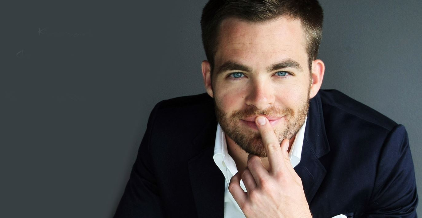 chris-pine-sexy-suit-hollywood-hot-sexiest-actor-men-movie-star-recent-suit-watch-handsome-best-hairstyle