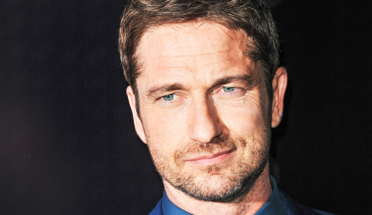 gerard-butler-sexy-suit-hollywood-hot-sexiest-actor-men-movie-star-handsome-recent-best-hairstyle
