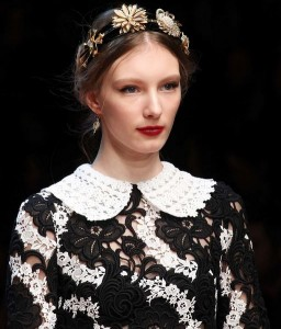 hair_accessories_trend_2015_2016_latest_top_best_womens_couture_dolce_gabbana_floral_headband