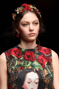 hair_accessories_trend_2015_2016_latest_top_best_womens_couture_dolce_gabbana_rose_headband_embellished