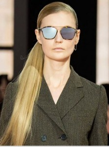 latest-sunglasses-trends-best-top-fall-2015-winter-2016-dior_rtw-mirrored-blue-large-1