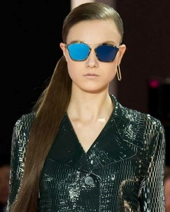 latest-sunglasses-trends-best-top-fall-2015-winter-2016-dior_rtw-mirrored-blue-large