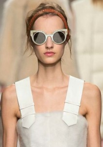 latest-sunglasses-trends-best-top-fall-2015-winter-2016-fendi-rtw-round-brown-cat-eye-white