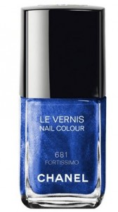 latest-winter-206-top-best-fall-nail-polish-colors-2015-chanel-shimmer-shine-lacquer-blue-sapphire-681-fortissimo