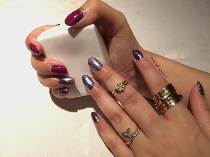 nail-art-best-nail-polish-top-easy-fall-2015-winter-2015-latest-trends-color-purple-multiple-rings-shilpa-ahuja-hand