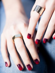 opi-venice-collection-nail-art-best-top-easy-fall-2015-winter-2015-latest-trends-polish-color-red-cherry-bomb