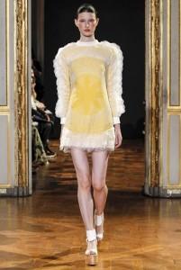 02-rahul-mishra-spring-summer-2016-rtw-paris-fashion-week-yellow-geometric-mini-dress-white-ankle-strap-shoes