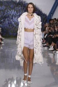 15-dior-spring-summer-2016-rtw-fashion-show-all-white-look-texture-jacket-overcoat