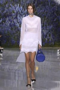 18-dior-spring-summer-2016-look-white-sheer-dress-blue-handbag