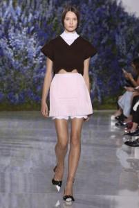 21-dior-spring-summer-2016-look-crop-sweater-white-mini-skirt
