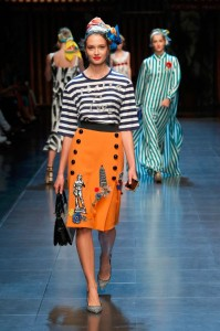 24-dolce-and-gabbana-spring-summer-2016-black-whte-stripe-tee-mango-orange-button-skirt-pisa-david