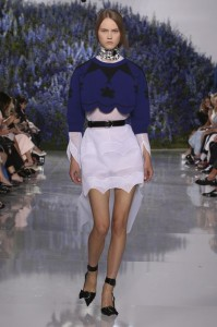 30-dior-spring-summer-2016-look-white-dress-blue-crop-sweater-choker-necklace