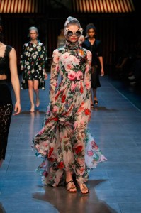 32-dolce-and-gabbana-spring-summer-2016-floral-print-maxi-dress-sunglasses-head-scarf