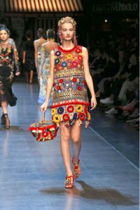 36-dolce-and-gabbana-spring-summer-2016-red-embellished-dress-headband-earrings-basket-shoes