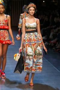 72-dolce-and-gabbana-spring-summer-2016-italian-roman-painting-skirt-bralette-crop-top-headband