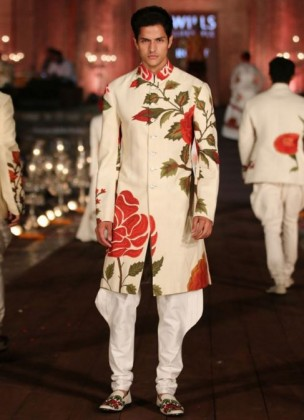 designer-wedding-dress-for-men-latest-winter-2015-2016-couture-groom-outfit-rohit-bal-rose-red-white