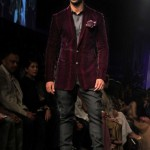 designer-wedding-dress-for-men-latest-winter-2015-2016-outfit-manish-malhotra-burgundy-velvet-jacket