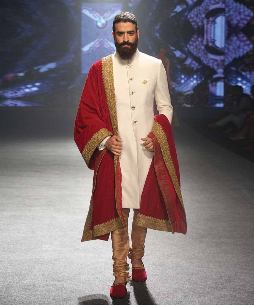 designer-wedding-sherwani-for-men-latest-trends-fall-winter-2015-2016-couture-groom-outfit-dress-style-design-gold-red-white