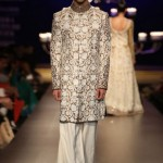 designer-wedding-sherwani-for-men-latest-trends-fall-winter-2015-2016-groom-outfit-manish-malhotra-paisley-design-gold-brown-broad-pants