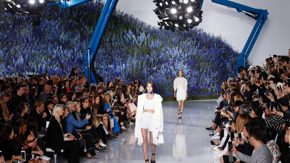 dior-ready-to-wear-collection-spring-summer-2016-fashion-show