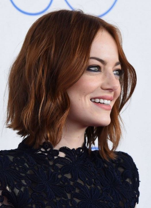 emma-stone-hairstyle-hair-trends-latest-choppy-bob-wavy