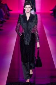fall-2015-winter-2016-fashion-color-trends-runway-armani-prive-black-velvet-couture-fur-jacket