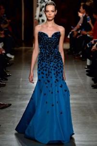 fall-2015-winter-2016-fashion-color-trends-runway-coral-blue-gown-oscar-de-la-renta-sequin