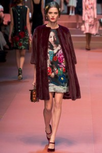 fall-2015-winter-2016-fashion-color-trends-runway-dolce-gabbana-burgundy-fur-jacket-rtw-dress