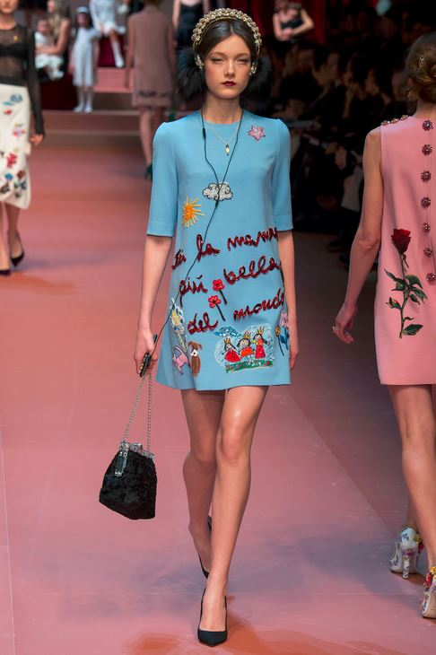 fall-2015-winter-2016-fashion-color-trends-runway-dolce-gabbana-sky-blue-dress