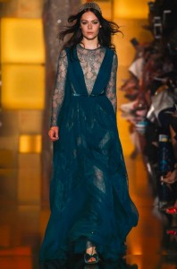 fall-2015-winter-2016-fashion-color-trends-runway-elie-saab-deep-sea-blue-gown
