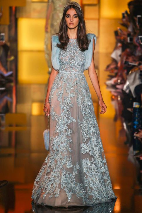 fall-2015-winter-2016-fashion-color-trends-runway-elie-saab-sky-blue-gown-dress-party-beautiful-elegant