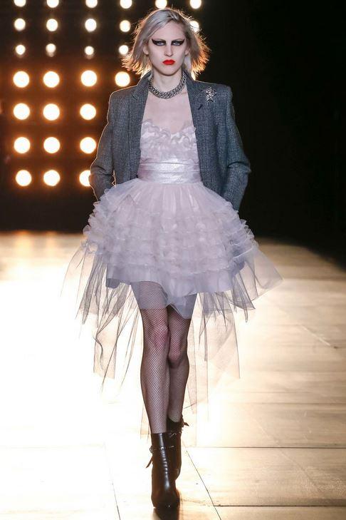 fall-2015-winter-2016-fashion-color-trends-runway-saint-laurent-grey-dress-jacket