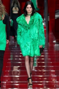 fall-2015-winter-2016-fashion-color-trends-runway-versace-green-fur-jacket