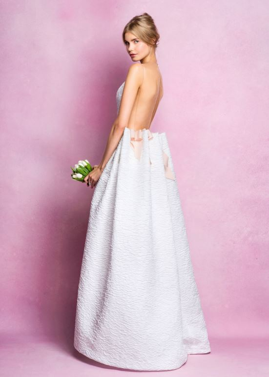 latest-bridal-dress-trends-gowns-white-fall-2015-winter-2016-angel-sanchez-backless