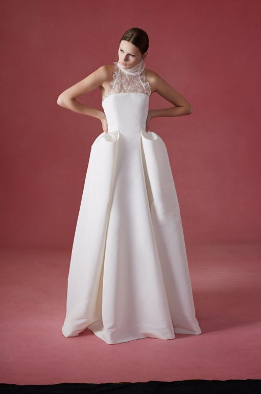 latest-bridal-dress-trends-gowns-white-fall-2015-winter-2016-couture-oscar-de-la-renta-lace-top-sleeveless