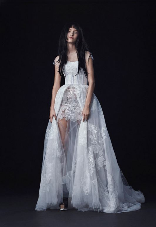 latest-bridal-dress-trends-gowns-white-fall-2015-winter-2016-couture-short-asymmetric-vera-wang-lace