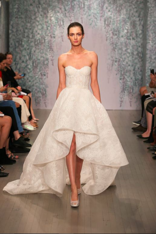 latest-bridal-dress-trends-gowns-white-fall-2015-winter-2016-short-asymmetric-monique-lhuillier