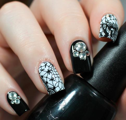 nails-2016-nail-art-trends-fall-2015-winter-black-lace ...