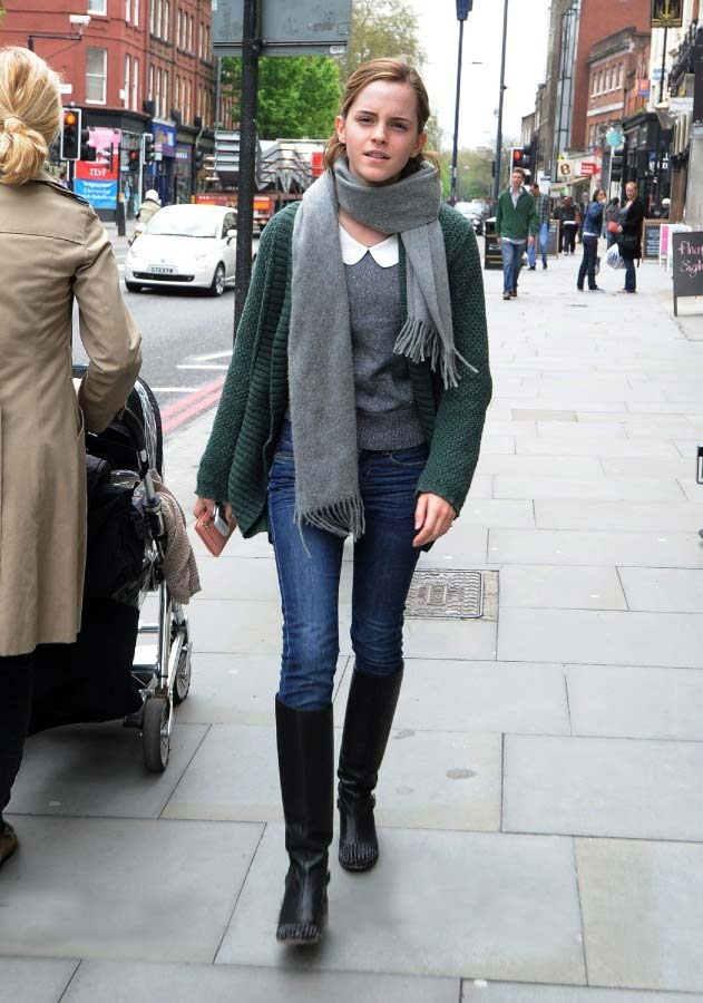 Celebrity-Street-Style-Emma-Watson-1