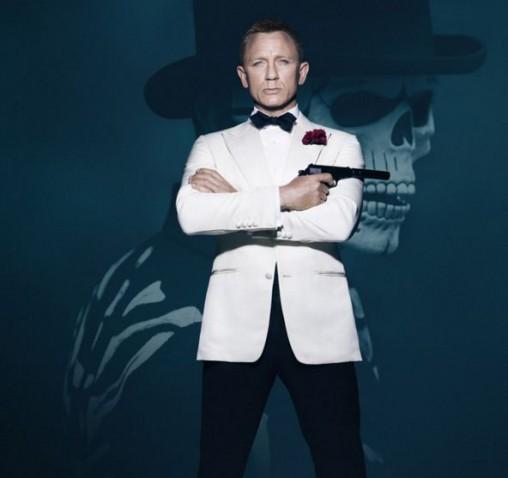 Daniel-craig-james-bond-007-spectre-movie-looks-white-dinner-black-pant-black-bow-tie-jacket-look-3