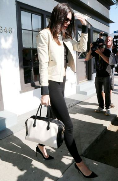 Kendall-Jenner-street-style-white-jacket-black-white-bag-black-pants