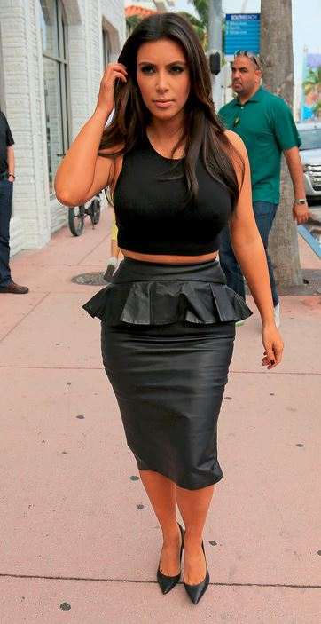 how to wear leather midi skirt