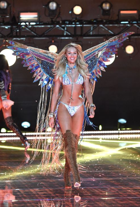 candice-swanepoel-victorias-secret-fashion-show-wings-lingerie-runway-sexy-model-2015
