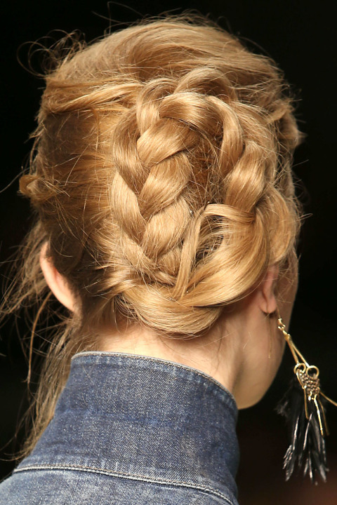 fall-2015-winter-2016-latest-top-hairstyle-trends-womens-tom-ford-fashion-week-braided-bun-messy