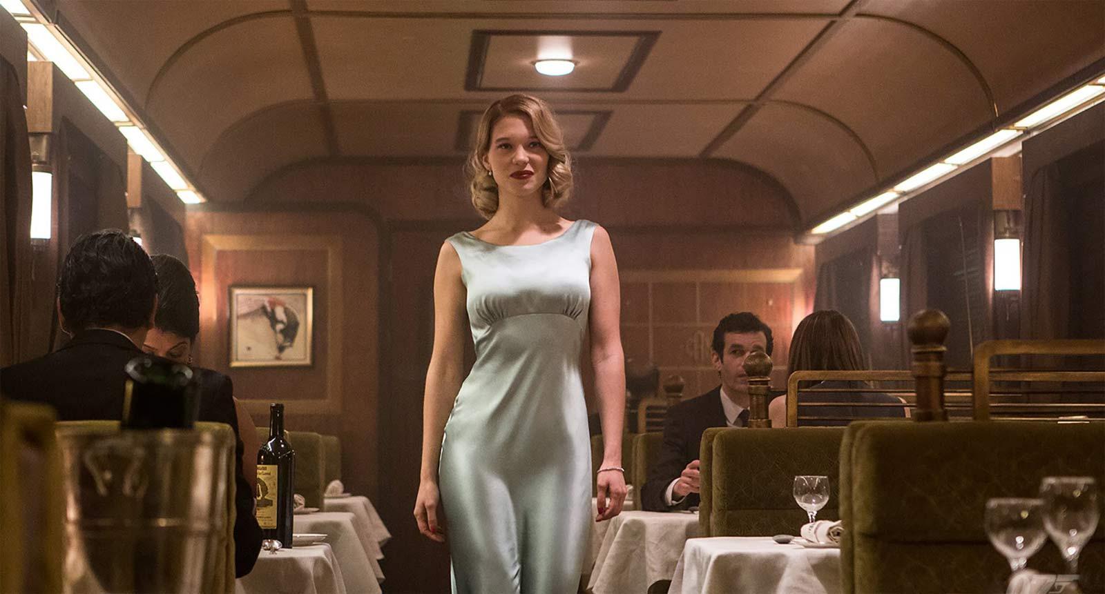 Bond girl dresses shopping best bond girl outfits in spectre - Deguisement james bond girl ...